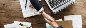 Difference between limited and unlimited contracts UAE