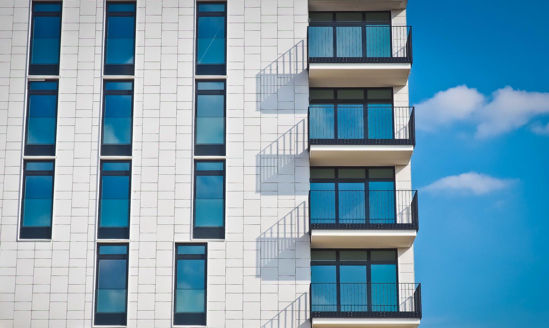 renting apartment dubai